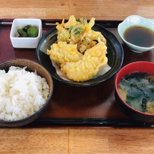 なまず天ぷら定食